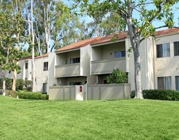 Hidden Hills Apartments